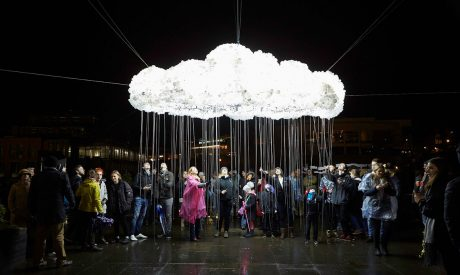 CLOUD, Caitlind r.c. Brown & Wayne Garrett, Lumiere Durham 2015. Produced by Artichoke. Photo by Matthew Andrews
