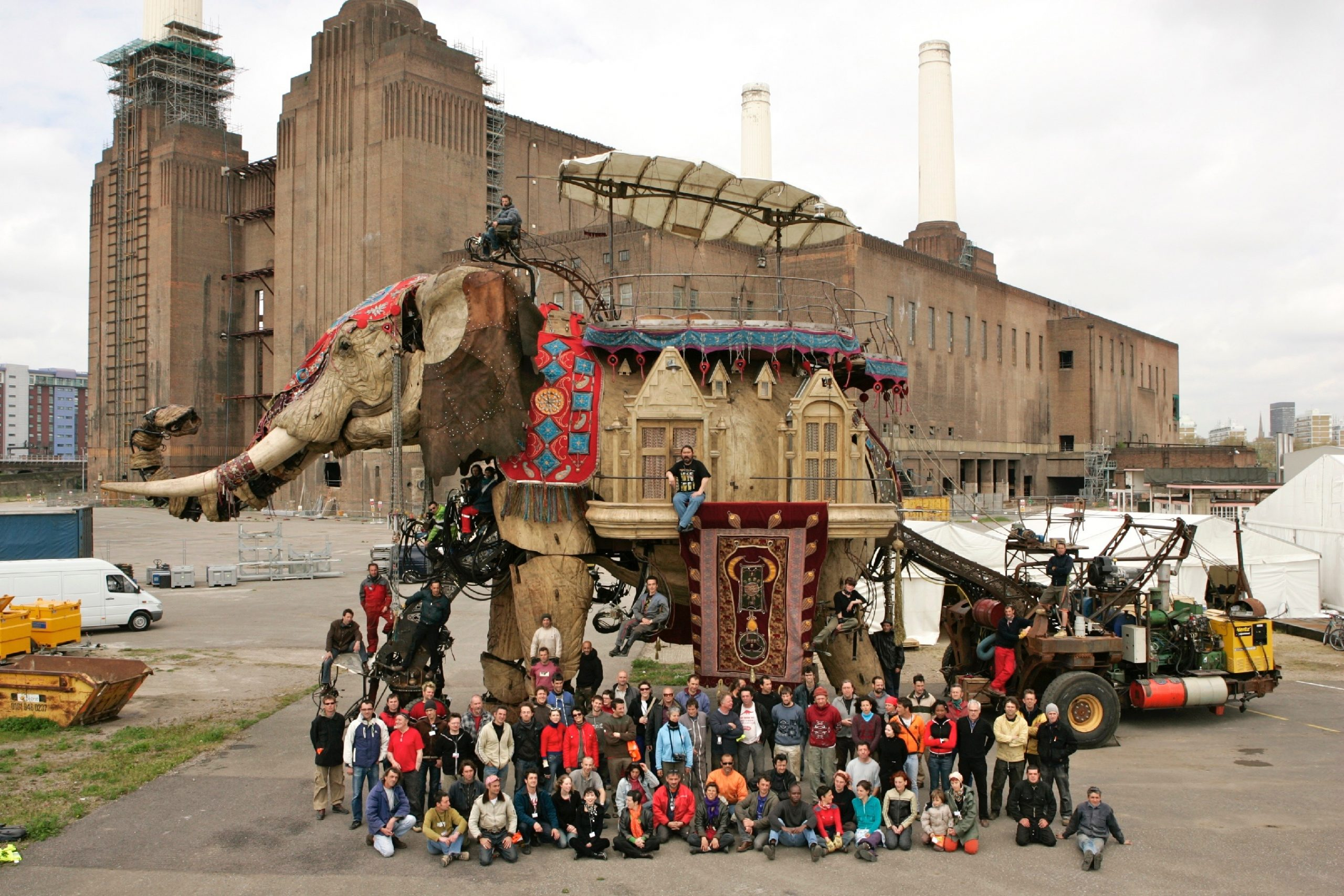 Royal de Luxe team posing with the elephant